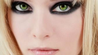 Gözleri Ön Plana Çıkaran Makyaj Yöntemleri