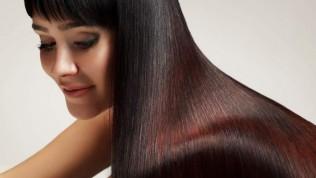 Saçları Düzleştirmek İçin Kullanılan Doğal Yöntemler