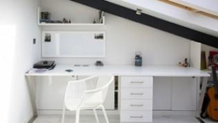 Evde çalışma alanınızı küçük dokunuşlarla konforlu hale getirin