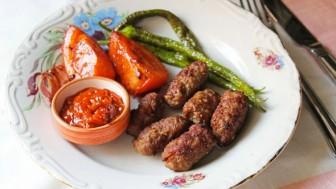 Evde Tekirdağ köftesi nasıl yapılır yöresel lezzet sevenler için!