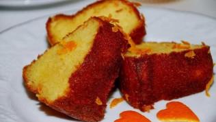 Mis gibi kokan portakallı kek nasıl yapılır? En kolay portakallı kek tarifi