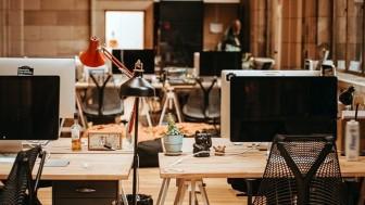 Ofis masasını güzel gösterecek dekorasyon önerileri neler renkli bir kişiyseniz…