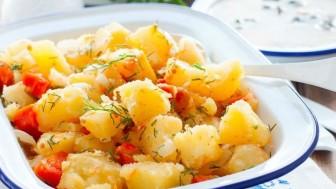 Patates pilaki nasıl yapılır tadına doyum olmaz!