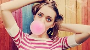 Sakız çiğnemenin sağlığınızı bozan 4 etkisi
