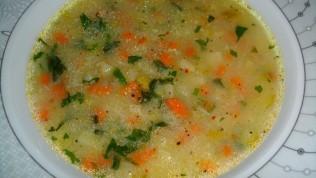 Terbiyeli sebze çorbası nasıl yapılır? Sebze çorbasının terbiyeli tarifi
