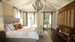 Yatak odanızı daha lüks hale getirmenin 10 yolu
