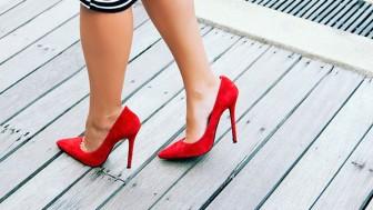 Yüksek topuklu ayakkabılar zararlı mı aman dikkat!