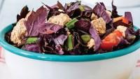 Baharatlı ve labne peynirli salata