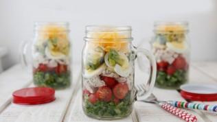 Kavanozda salata ile kolay kilo verin!