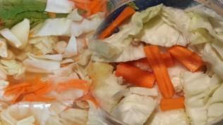 Kıtır kıtır lahana turşusu tarifi! En kolay lahana turşusu nasıl yapılır?