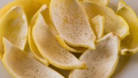 Limon kabuğunun faydaları nelerdir? Limonu kabuğuyla beraber yerseniz…