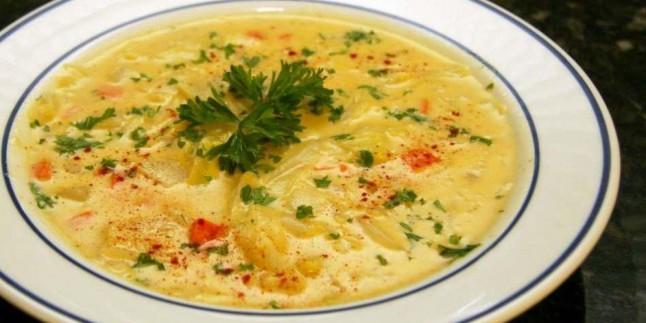 Sağlıklı lahana çorbası nasıl yapılır? En kolay lahana çorbası yapmanın püf noktaları
